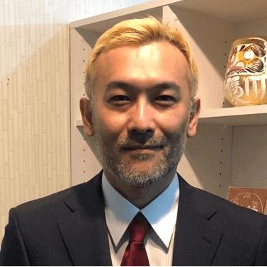 占いの館カバラット 岡田昌峻先生